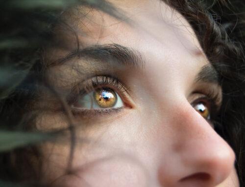 4 βήματα για να απελευθερωθείς από τους φόβους σου και να ξεκινήσεις τη συναισθηματική σου θεραπεία